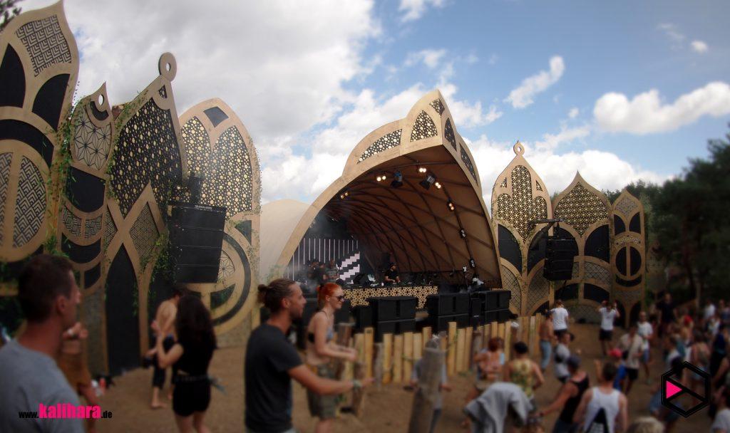 Kalihara at 3000° Festival